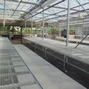 Heavy duty greenhouse rolling benches